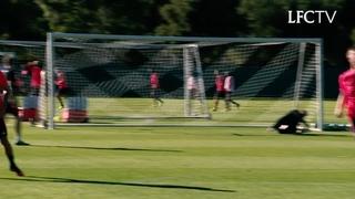 Milner, Henderson dan Lallana dalam latihan menembak