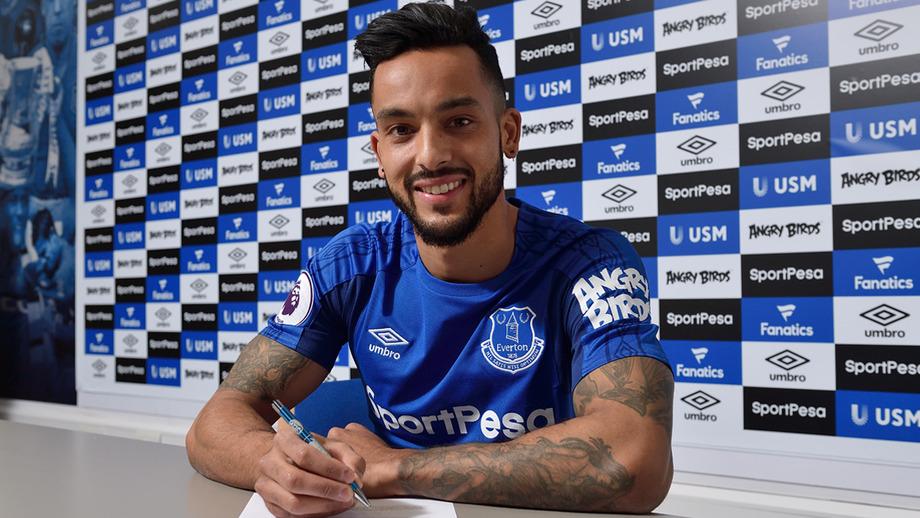 Walcott Oo Ka Hadlay Ku Biiristiisa Everton, Sababta Uu Ku Doortey & Waxa Uu Rajeynayo