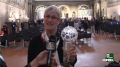 Hall of Fame del calcio italiano, la premiazione di Betty Vignotto