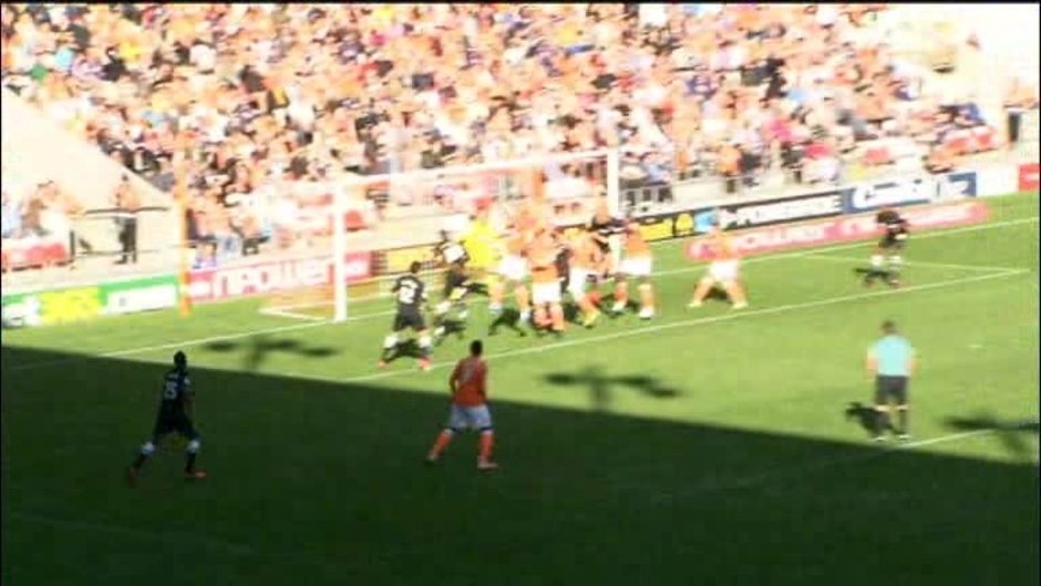 Click here to watch the Blackpool 0 Charlton 2 video