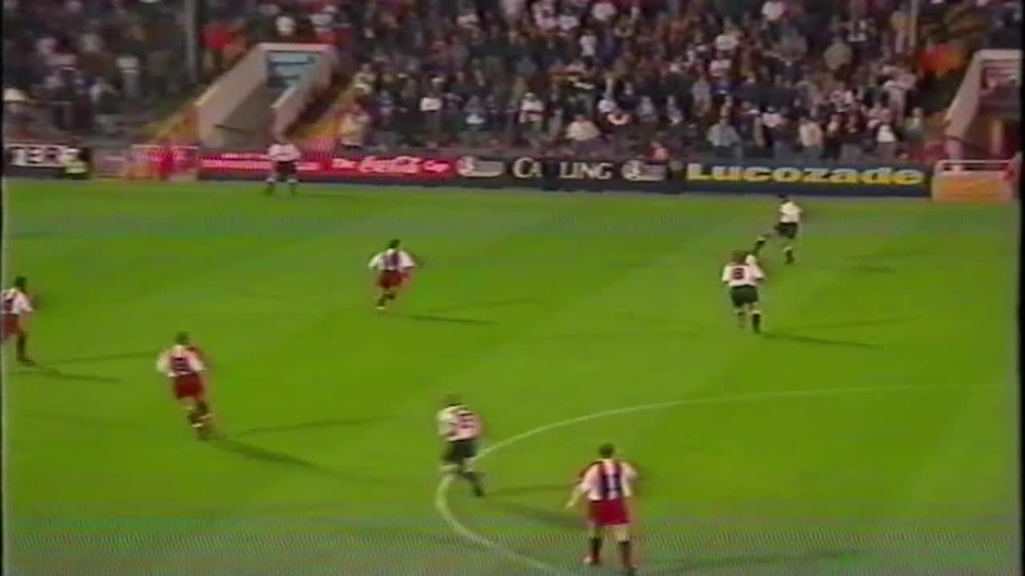 Click here to watch the 95/96 | Bolton 1-0 Brentford - 19.09.95 video