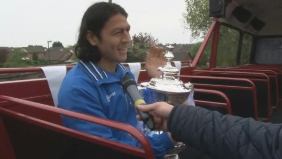 Click here to watch the FA CUP: Roger Espinoza on the FA Cup parade video