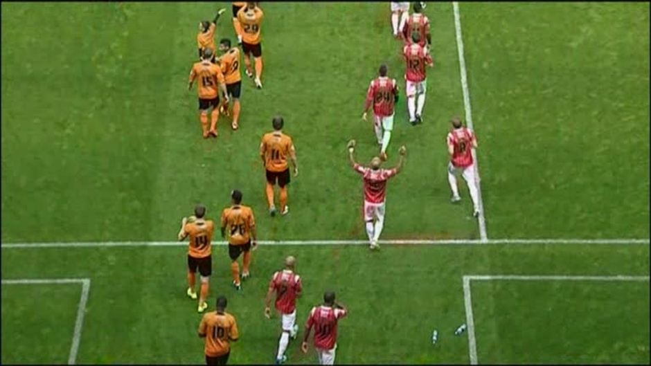 Click here to watch the Wolves 0 Walsall 1 video
