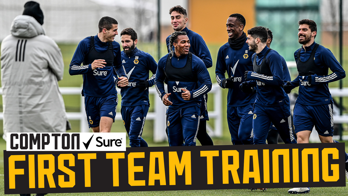 Jonny's back and scoring screamers! | Wolves vs Leicester preparations