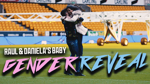 Raul Jimenez and his girlfriend Daniela Basso find out their baby's gender at Wolves' stadium.