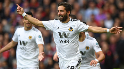 Moutinho v Manchester United | Every Angle