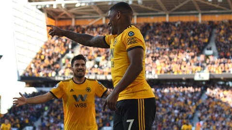 Cavaleiro's first Premier League touch, first Premier League goal!