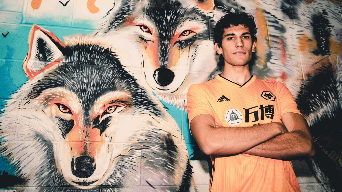 WELCOME VALLEJO! Access all areas of Jesus Vallejo's first day at Wolves!