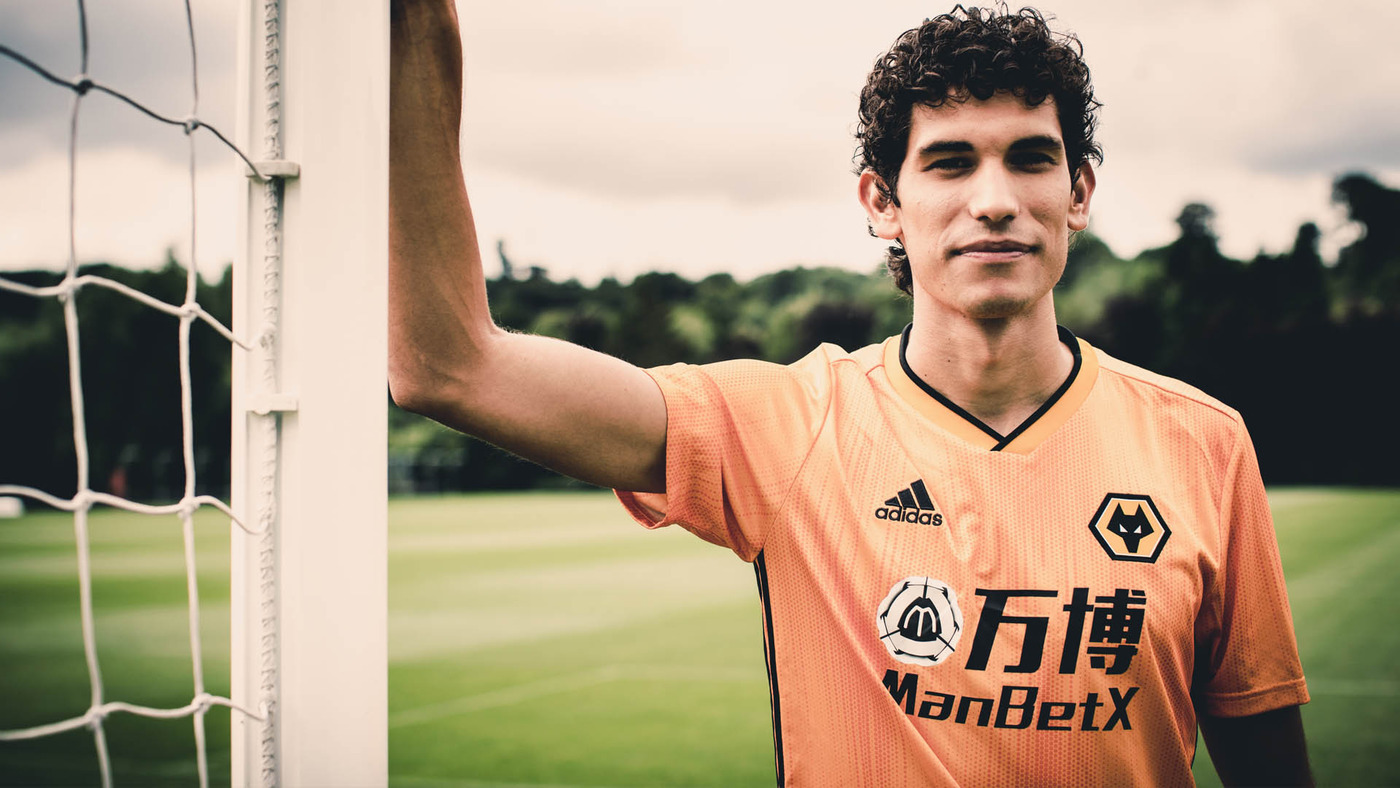 Jesus Vallejo's first day of training at Wolves!