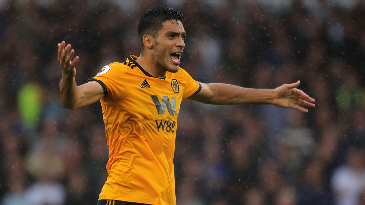 Jiménez scores first Wolves goal!