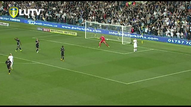 KEY MOMENT | LEEDS V FULHAM | WOOD OFFSIDE