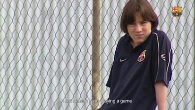 54c1b63cbdd87c Video thumbnail for Musical els millors moments de Leo Messi al futbol base  Subtítols Anglès