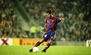 Video thumbnail for Best Goal Ever  Gol Pep Guardiola Barça - At.Madrid ( 8393a092ba375