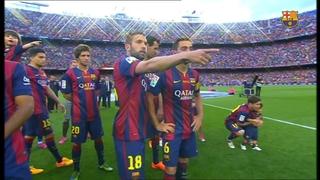 La entrega del trofeo de la liga al FC Barcelona