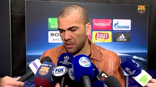 Dani Alves reacts to Barça's place in the quarter-finals