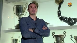 Borko Ristovski se cita amb la història