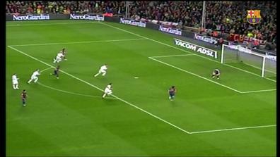 Video thumbnail for Top10 gols de Leo Messi contra el Real Madrid al Camp  Nou 43a01475e2185