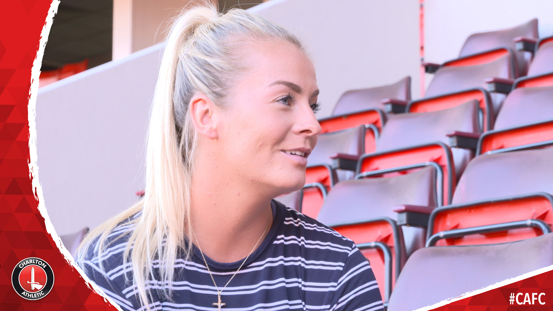 Lily Agg signs for the Charlton women