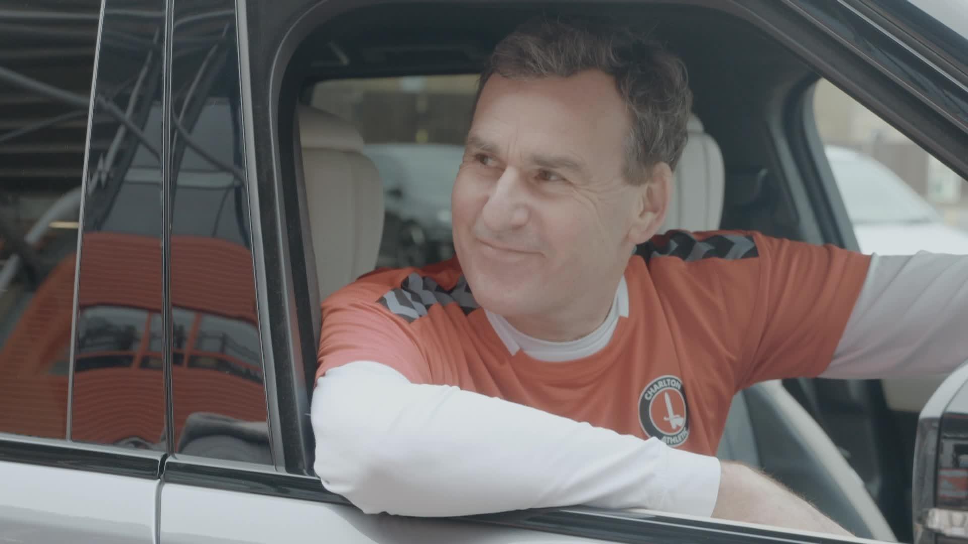Charlton fan Tony Linnett on picking up his new Range Rover (February 2021)