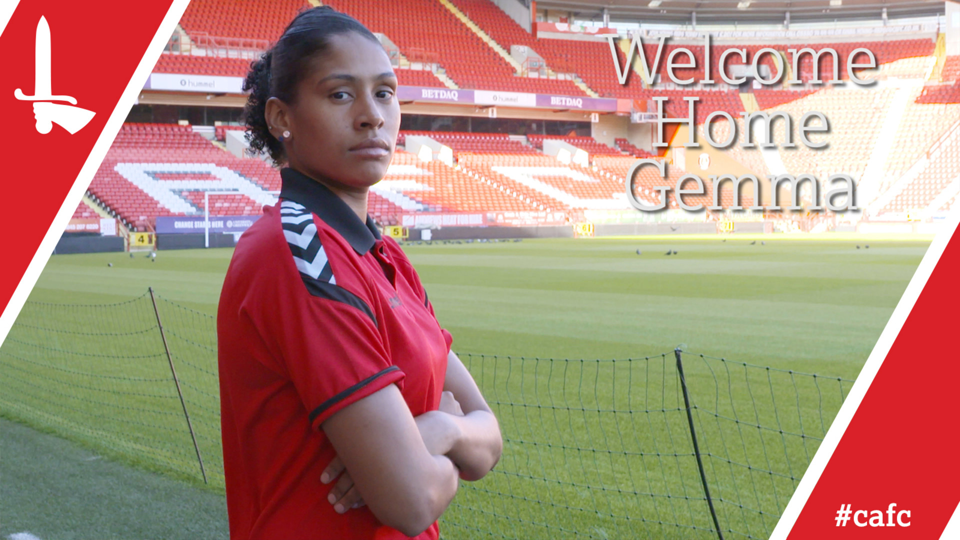 Gemma Bryan signs for Charlton Women