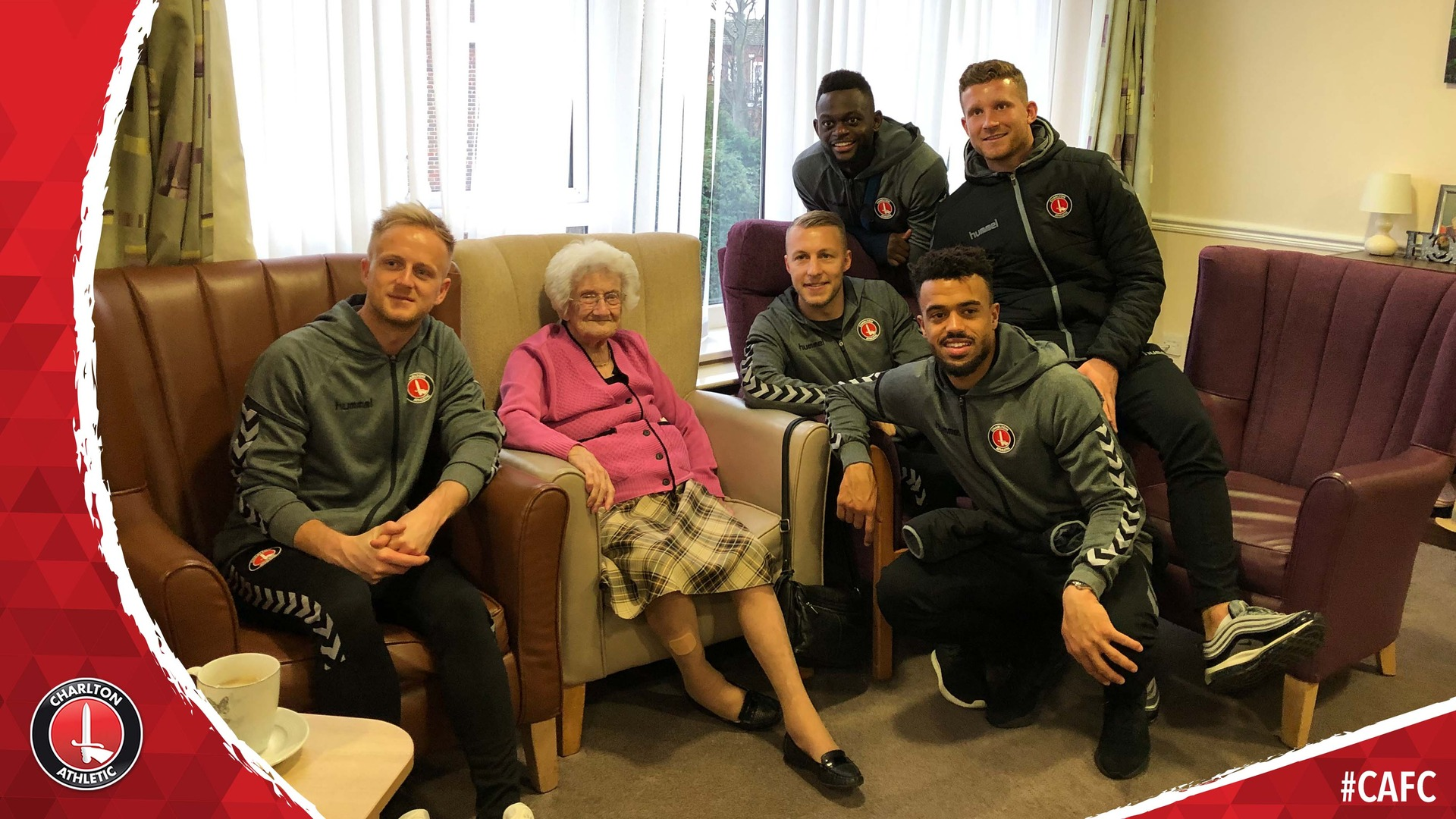 Charlton quintet pay a Christmas visit to Maples Care Home (December 2018)