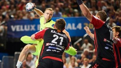 Semi-finals: Barca Lassa - HC Vardar