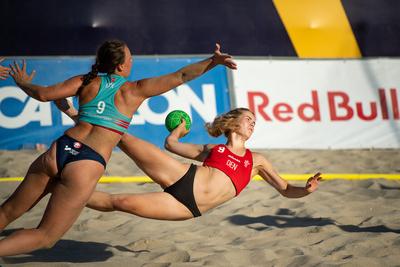 Semi-finals: Denmark v Norway