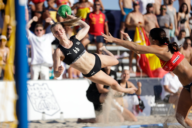 Semi-finals: Germany v Spain