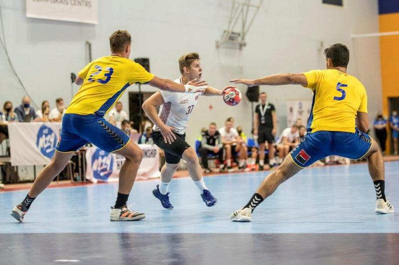 3rd Place: Latvia v Romania