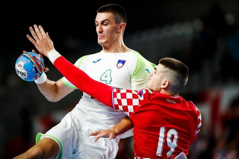 Semi-finals: Slovenia v Croatia