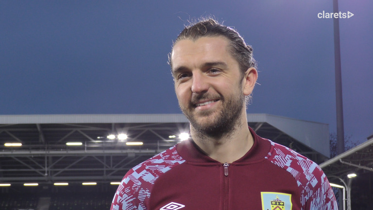 REACTION | Jay On The Double
