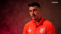PREVIEW | Lowton On Leicester, League Form & Cup Success
